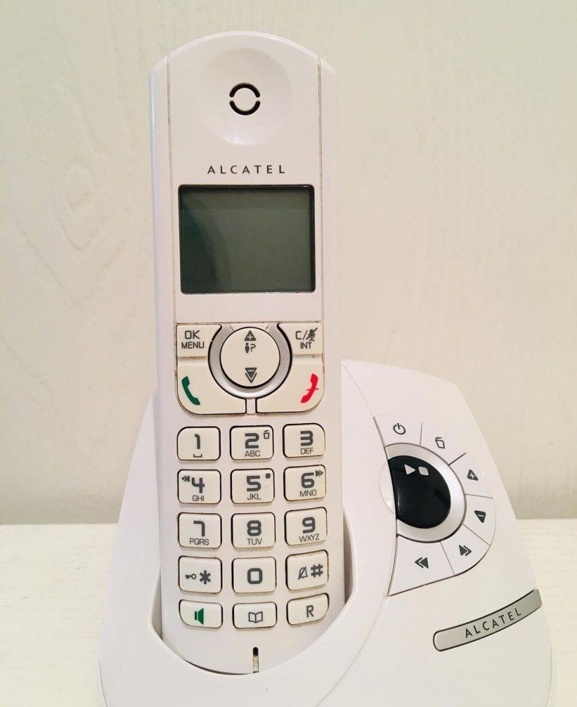 نمایندگی تعمیر تلفن رومیزی آلکاتل alcatel (بی سیم)